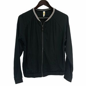 Lole Lightweight Bomber Jacket Zipper Front